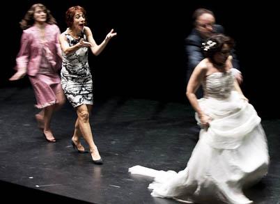 Den franska föreställningen La Reunification des deux Corees Odeon Theatre gästade Folkteatern i Göteborg våren 2012, foto Elisabeth Carecchio