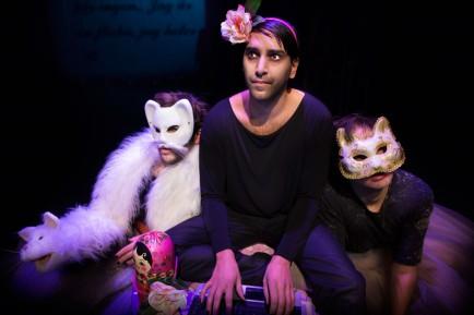ung scen/östs föreställning Rose Rose Rose visas på Biennalen, foto Marcus Gårder